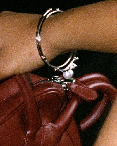 Hoop Ear Cuffs - © D'heygere