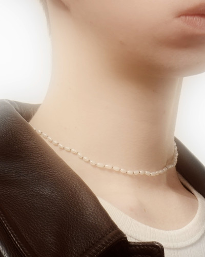 Rice Pearl Necklace - © D'heygere