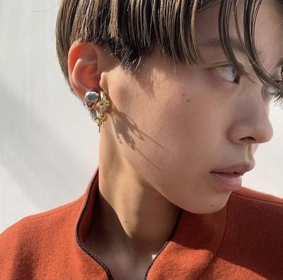 Signet Ear Cuff - © D'heygere