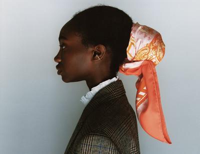 Solitaire Ear Cuff - © D'heygere