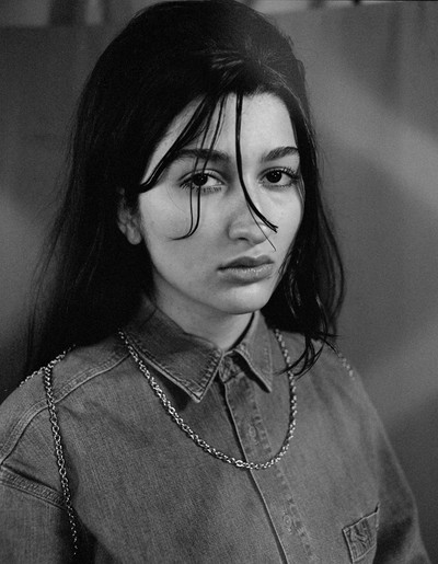 Vest Necklace - © D'heygere