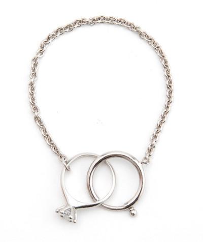 Bracelet / Ring White - © D'heygere