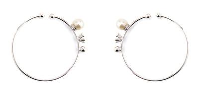 Hoop Ear Cuffs White - © D'heygere