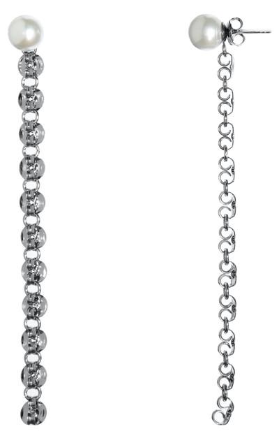 Pearl Drop Earrings - © D'heygere