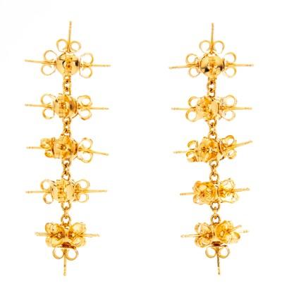 Stud Earrings XL Gold - © D'heygere